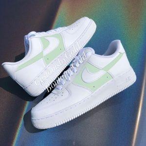 Nike Air Force 1 white/green
